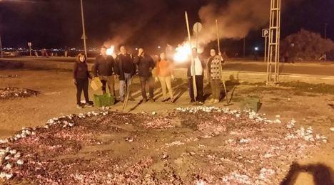 Llanos De Vícar Celebrará 'Los Antones' Con Hogueras Y Patatas Asadas