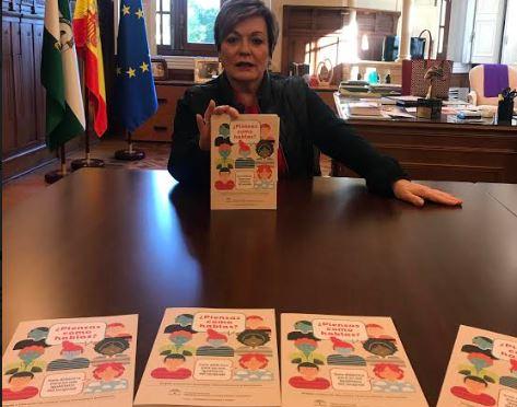 El IAM reparte en Almería guías contra el lenguaje machista