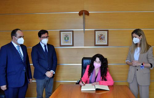 El IAM ha invertido dos millones de euros en atención a mujeres desde los ayuntamientos de Almería
