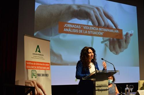 La Junta pone en marcha el teléfono sobre la violencia intrafamiliar