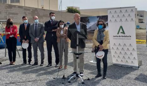 Imbroda coloca en Almería la primera piedra del Conservatorio de Danza 'Kina Jiménez'