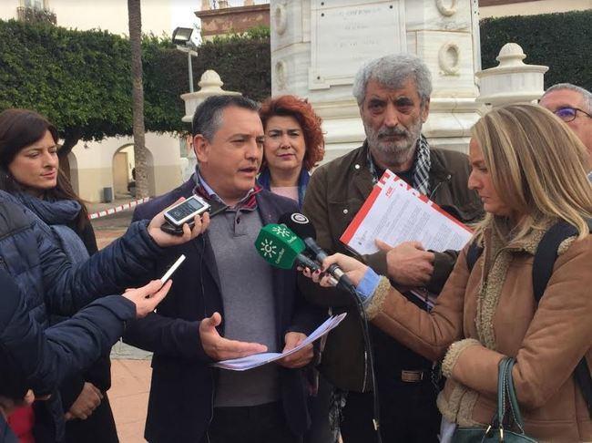 El PSOE intenta frenar con una alegación los cambios en la Plaza Vieja