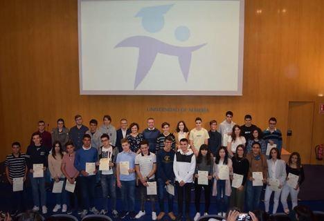 El V Indalmat premia el talento matemático de 32 jóvenes de Secundaria y Bachillerato