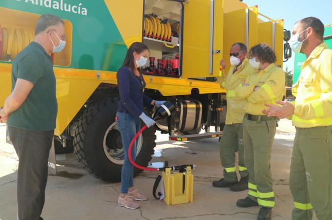 El Plan Infoca incorpora este año tres nuevos camiones autobomba en Almería