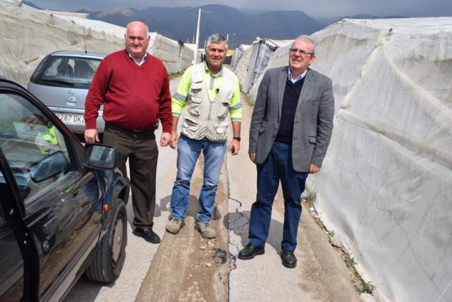 Culmina La Mejora De Canalizaciones De La Red De Abastecimiento En El Carril Lanjarón