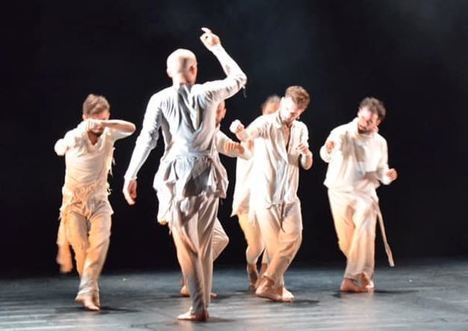 Iron Skulls aterriza en el Teatro Auditorio de El Ejido