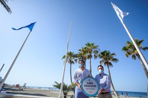 17 banderas reconocen la calidad y seguridad de las playas de Almería