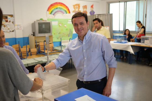 Javier A. García anima a votar a quien genere confianza