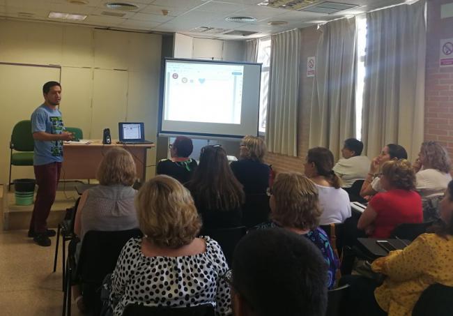 Andalucía Compromiso Digital organiza en El Ejido una jornada sobre nuevos dispositivos tecnológicos
