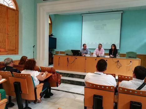 Junta y FAMP informan sobre la normativa y ayudas a la modernización del comercio ambulante