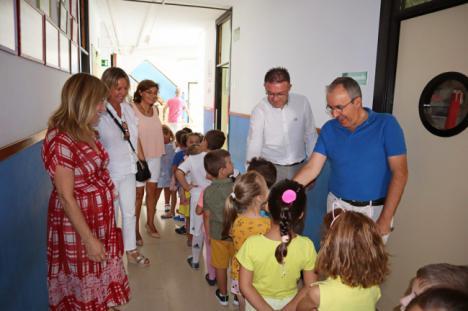 El alcalde de Berja visita los centros escolares en el inicio del nuevo curso