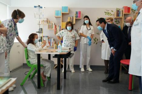 Moreno destaca a modernidad y la excelencia que supone el nuevo Hospital Materno-Infantil