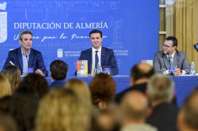 Diputación acoge la presentación de 'Cuatro Horas' el libro más personal de Antonio Ríos