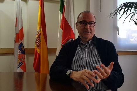 """Luis Rogelio (PP): """"Antes de 2025 será muy difícil que el AVE esté en Almería"""""""