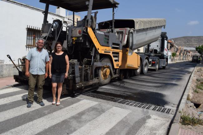 Finalizan Las Obras De Asfaltado En Torno A La Plaza Cruz De Mayo De La Gangosa