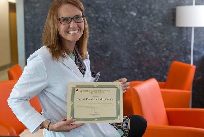 Oncóloga almeriense es premiada por una investigación sobre inmunoterapia y radioterapia