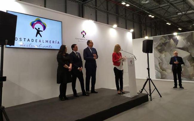 La delegada del Gobierno asiste a los principales actos de Almería en Fitur