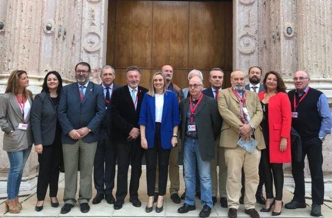 El Parlamento de Andalucía convalida el decreto ley sobre viviendas irregulares