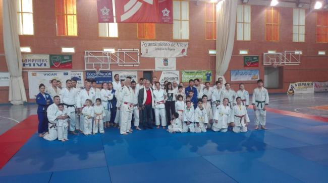Vícar acoge una Clase Magistral de Judo De La Campeona Miriam Blasco