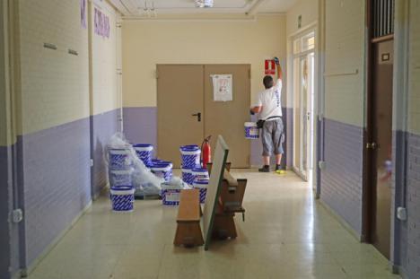 El Ayuntamiento de Berja prepara los colegios para el inicio del curso