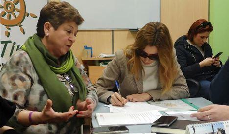 Feafes Andalucía recibe a la parlamentaria de Mercedes López