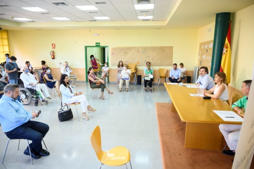 Mesa comunitaria La Chanca-Pescadería ERACIS por el empleo