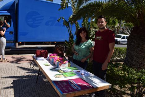 Fruta Por Cigarrillos En El Día Mundial Sin Tabaco En Vícar