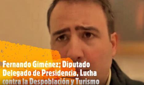 Fernándo Giménez explica la propuesta de turismo interior de la Diputación de Almería