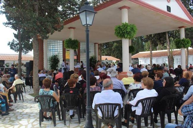 Tradicional misa de Todos los Santos en Pulpí