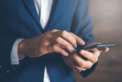 ¿Cómo seguir el rendimiento de los empleados a través del teléfono?