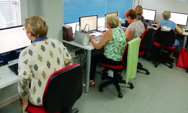 El 57% de los agentes Guadalinfo en Almería son mujeres