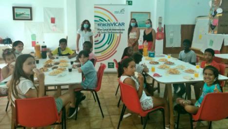 """Un Desayuno Y Juegos De Agua Ponen Fin A La Escuela De Verano """"Educar Para Ser"""""""