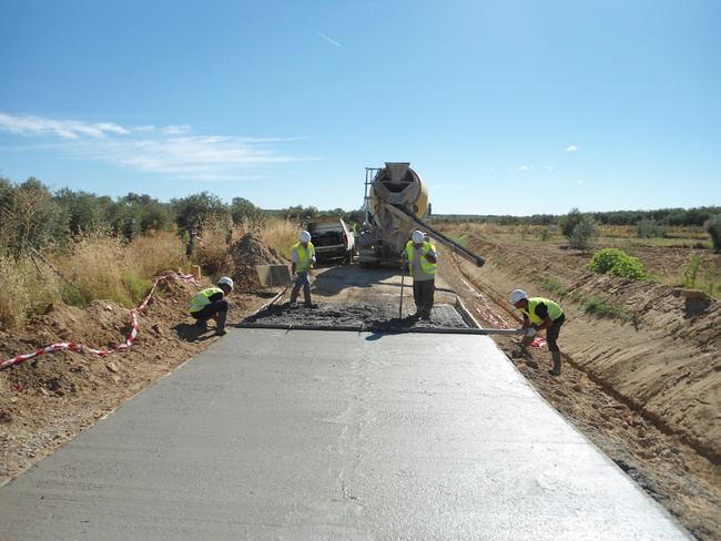 2,6 millones de euros para caminos rurales de 24 municipios de Almería