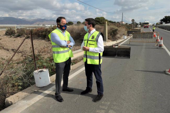 Diputación blinda contra las lluvias la conexión por carretera entre El Alquián y Bahía Alta