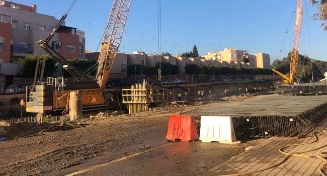 Desde el lune las obras de soterramiento en El Puche provocan desvíos del tráfico