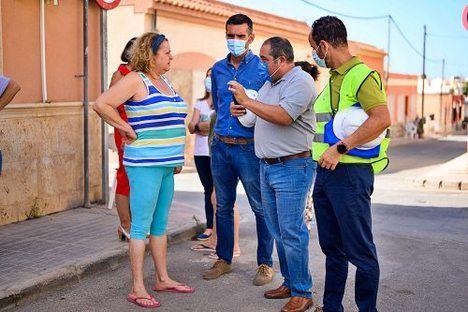 Renovada la red de abastecimiento de Loma Cabrera e inversiones en zonas verdes