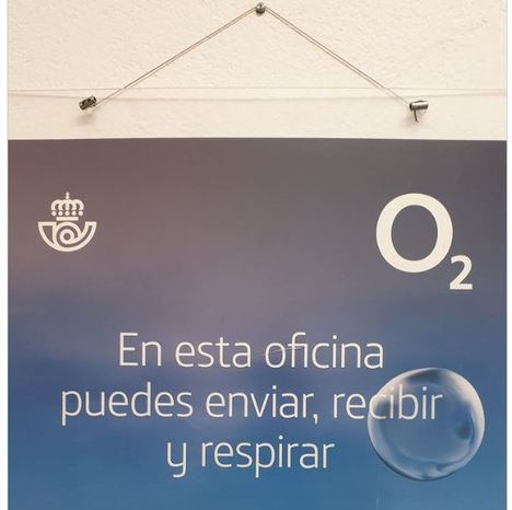 Correos ofrece contratar teléfono e internet en la oficina de Gérgal que carece de ambos servicios