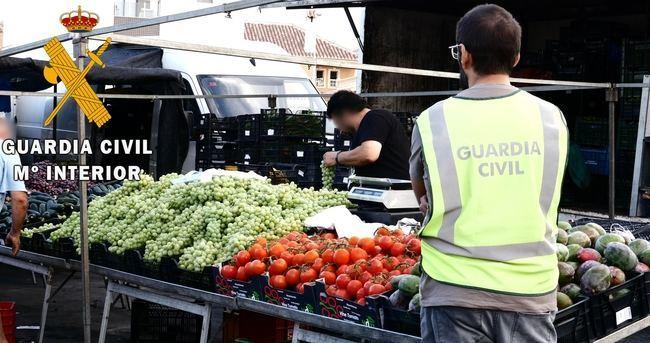 Desmantelan una banda que compraba productos hortícolas robados en Almería y Murcia y los vendían en mercadillos