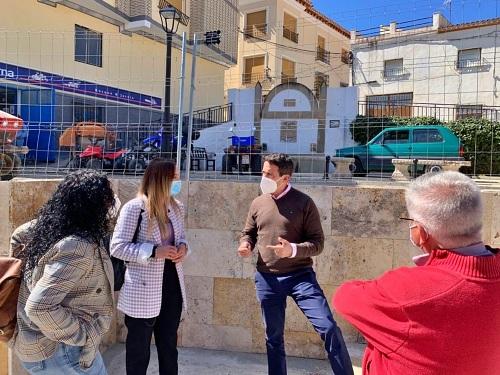 Inversiones de Diputación mejoran parques, La Alameda y el colegio de Vélez-Blanco