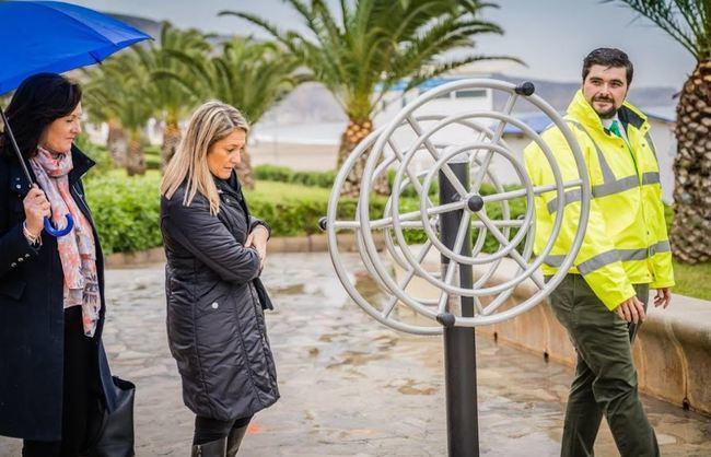 Una quincena de aparatos biosaludables en Villa África y El Parador