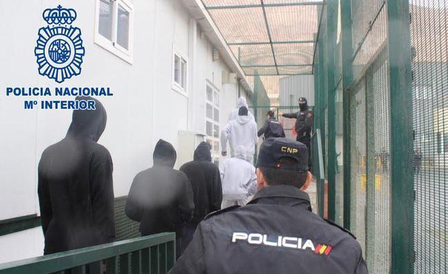 Más de 320.000 euros en una noche por cruzar a 107 personas de África a Almería
