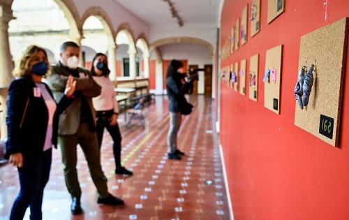 'Pendientes' de la igualdad en la Escuela de Artes