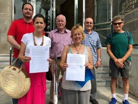 IU denuncia en la Fiscalía la degradación del cauce de la rambla del Cañuelo en Vícar