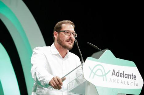 Crespo denuncia en el Parlamento la falta de transparencia en la Diputación