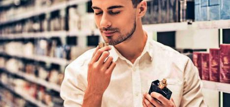 Expertos de Paco Perfumerías nos dan las claves para saber si un perfume es real o falso
