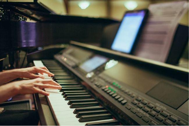 Instrumentos digitales, una nueva forma de aprender música