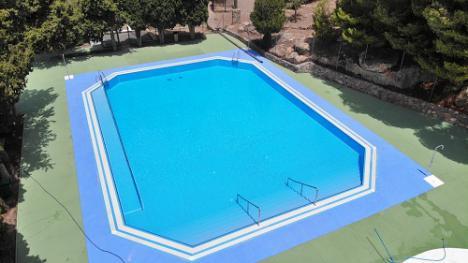 Abierta la piscina de Castala en Berja