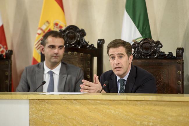 PSOE e IU se oponen a medidas contra la okupación ilegal de viviendas
