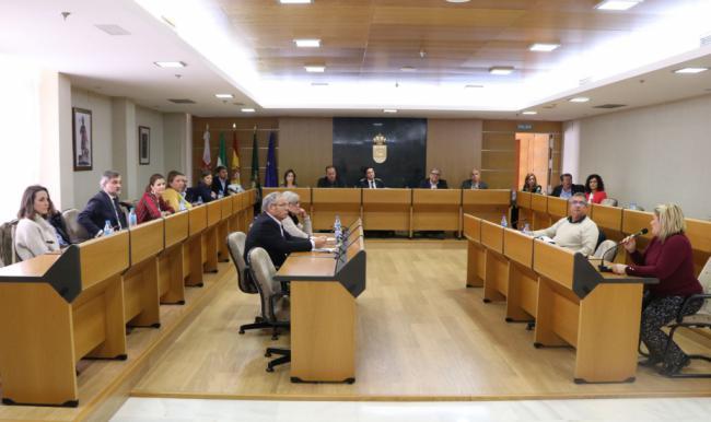 PSOE, IU, UPyD y Ciudadanos votan contra una moción anti-okupas en El Ejido