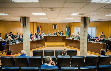 El alcalde de Roquetas exhibe los buenos resultados económicos